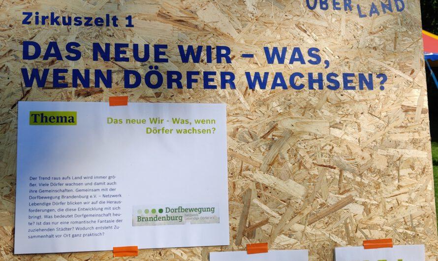 Dorfbewegung auf dem ÜBERLAND-Festival der Akteure
